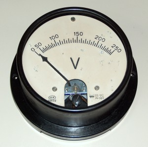 Voltmeter, 0 to 250 VCA, DEIF