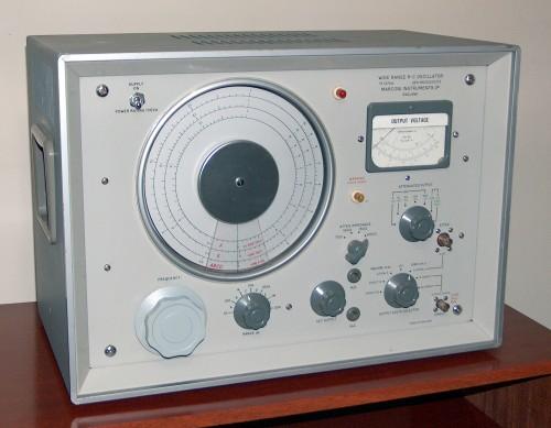 Wide Range R-C Oscillator, MARCONI, Model TF-1370A