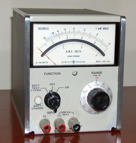 AC Voltmeter, HEWLETT-PACKARD, Model 403B