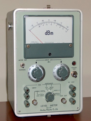 Level Meter, ANRITSU ELECTRIC CO. LTD., Model ML44B