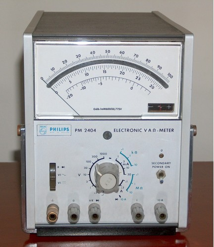 Electronic Multimeter (VTVM), PHILIPS, Model PM 2404