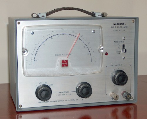 Audio Oscillator, NATIONAL, Model VP-702B