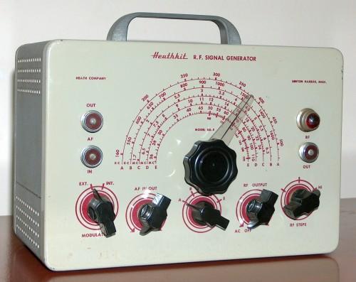 R.F. Signal Generator, HEATHKIT, Model SG-8