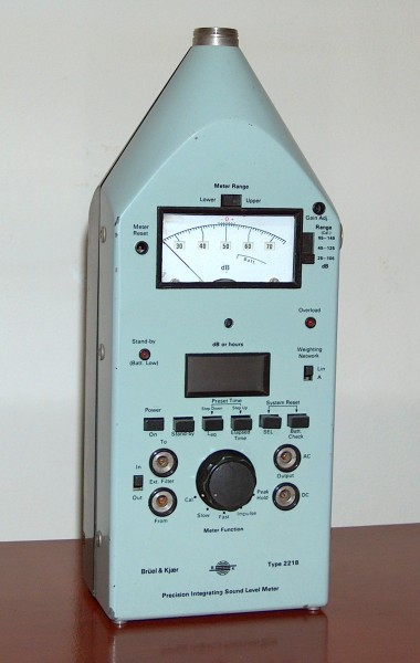 Precision Integrating Sound Level Meter, Brüel & Kjaer, Model 2218