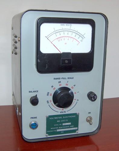 Electronic Voltmeter , BOONTON, Model ME-247/U