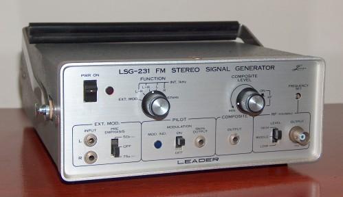 FM Stereo Signal Generator, LEADER, Model LSG-231