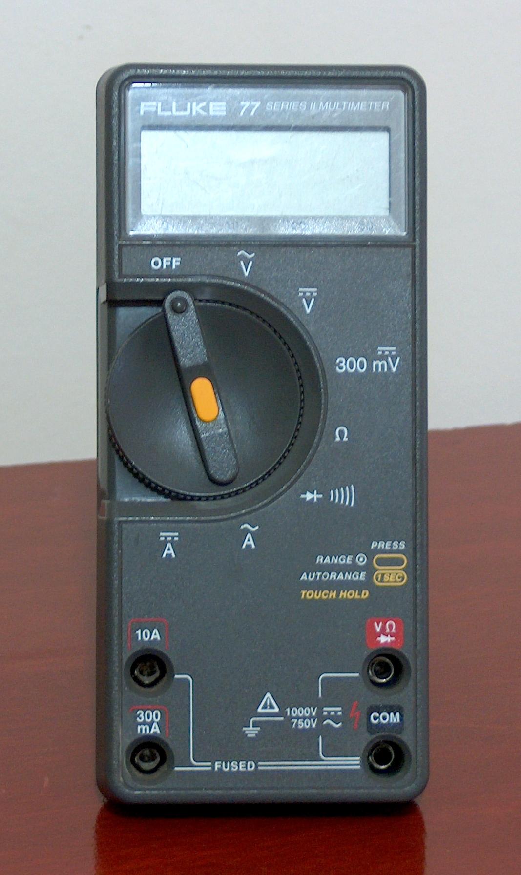 Fluke 77 Multimeter : Digital multimeter fluke model « museu tecnologia